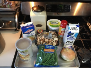 Here are the most important ingredients you will need to prepare this delicious green bean casserole.